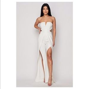 Dresses & Skirts - White Strapless Slit Palazzo Jumpsuit